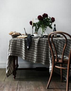 Lovely Linen Tischdecke Stripe 145 x 380