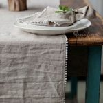 Tischdekoration mit PomPoms
